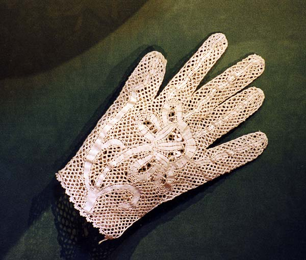 Tombolo_gloves