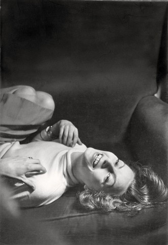 Garbo_byCecilBeaton_1946_1