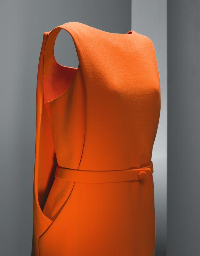 Balenciaga_orangecrepe_1968 (4)