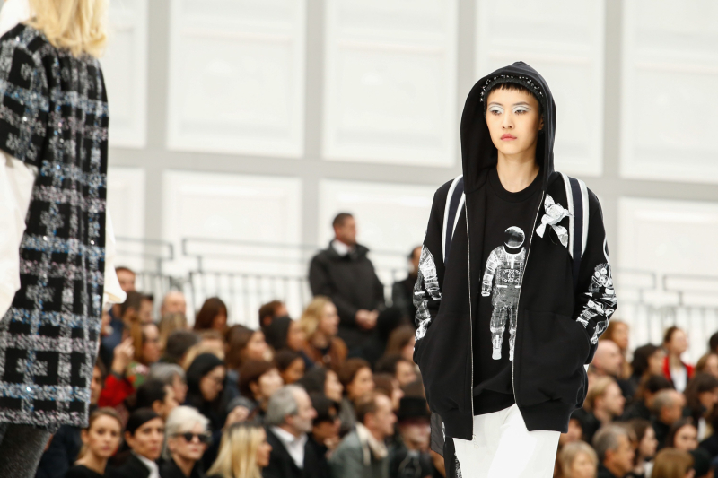 Chanel_AW17_d