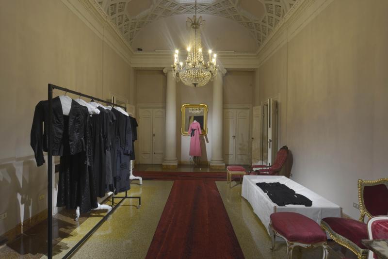 Portrait of a wardrobe  - 0026