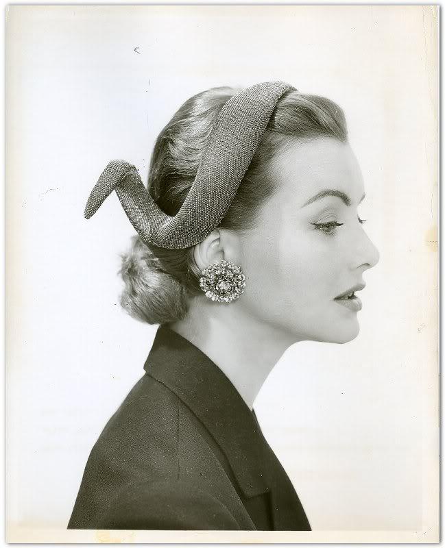 LillyDache_1955Serpent Hat