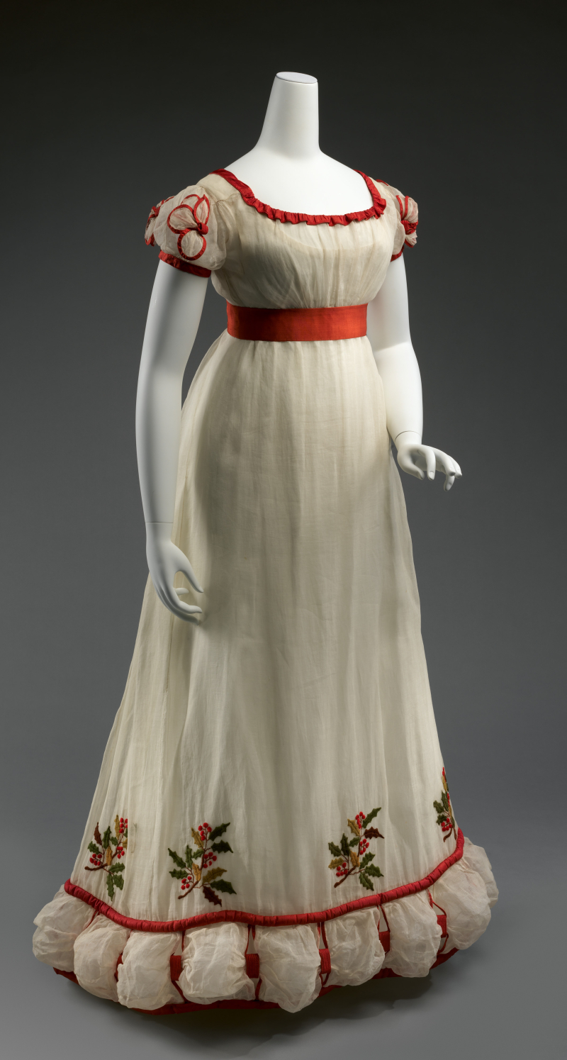 Holly Embroidered Lawn Dinner or Evening Dress  ca. winter 1824-26_a