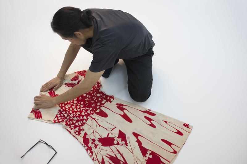 Dress  womens  vintage stencil-printed silk kimono  designed by Akira Isogawa  Sydney  New South Wales  Australia  Resort 2003  photo by Marinco Kojdanovski