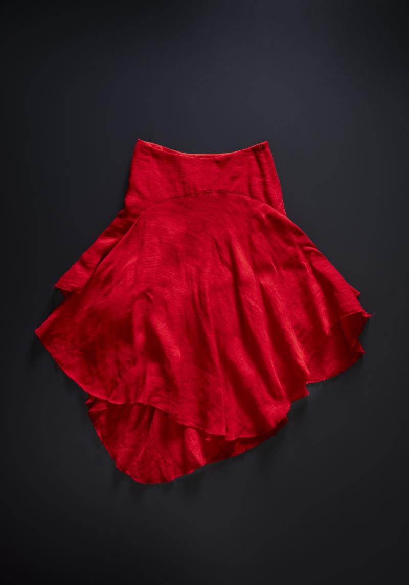 Spring Summer 2005  Cotton  silk linen skirt. Photo by Marinco Kojdanovski