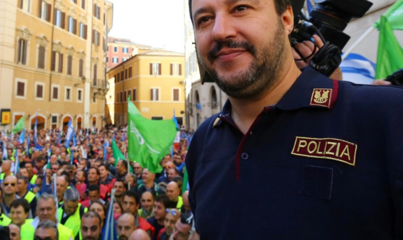 Salvini_Polizia_2