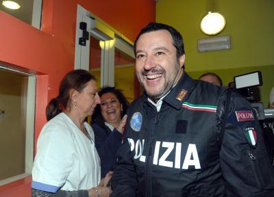 Salvini_Polizia_3