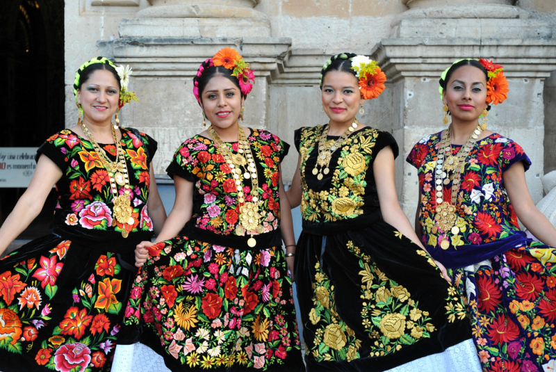 Tehuantepec_women