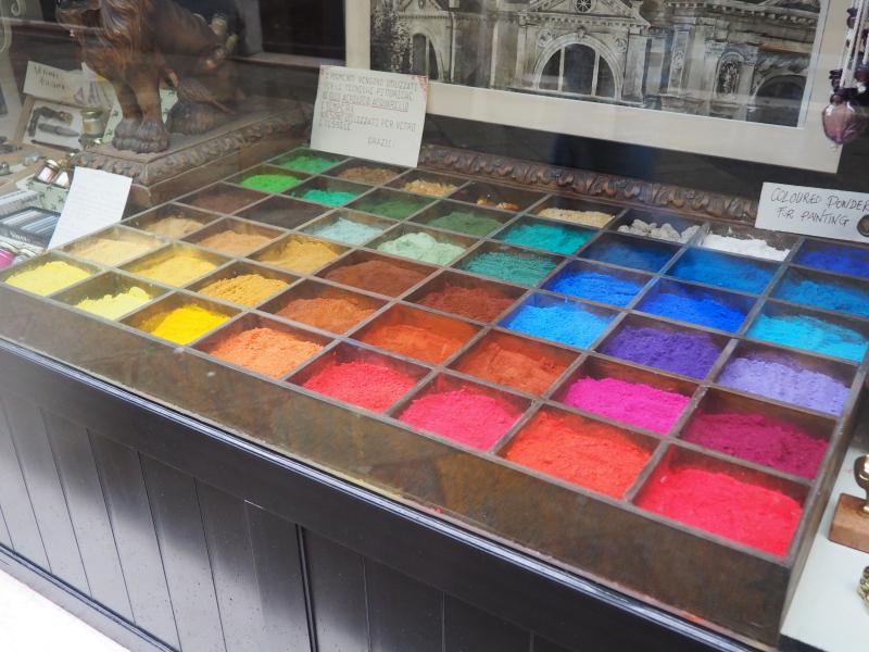 Pigments_Venice_byAnnaBattista (1)