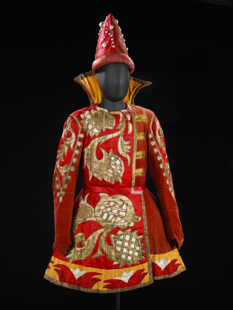 Theatre-costume-for-the-Prince-in-Sadko-1916-X69074