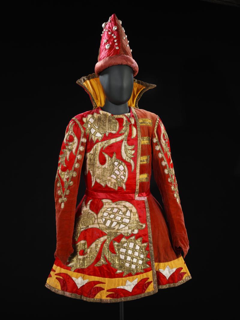 Theatre-costume-for-the-Prince-in-Sadko-1916-X69074