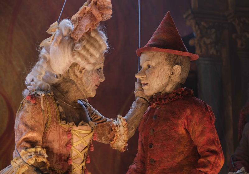 13 Foto di scena Pinocchio e Colombina