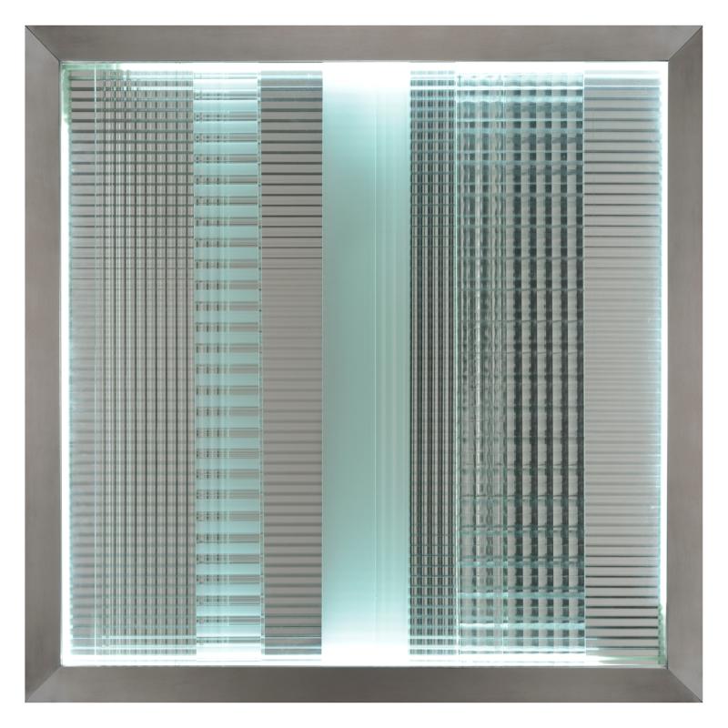 1969_Nanda Vigo  Cronotopo  telaio in alluminio  vetri stampati e neon  cm 80x80_foto Emilio Tremolada_a