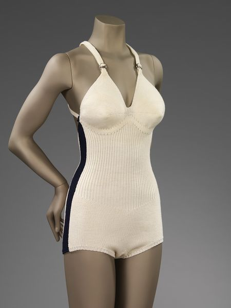 V&A_bathingsuit_1930s