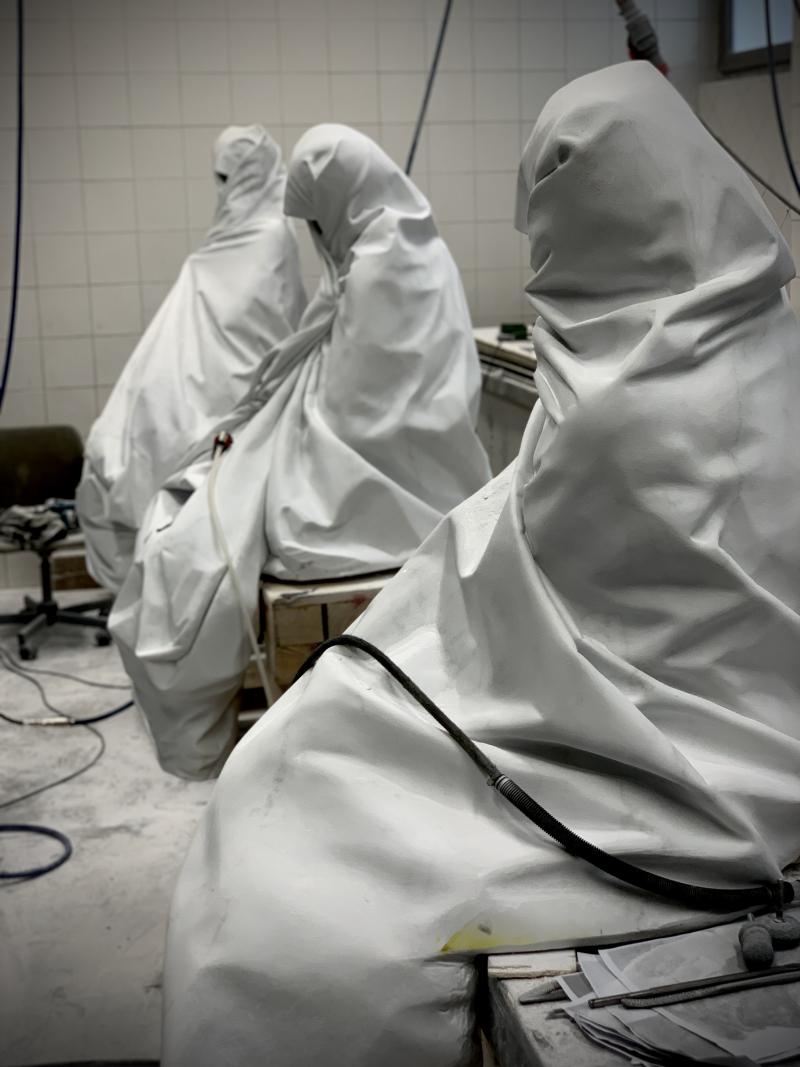 Le Tre Grazie  2020  marmo bianco  (da sx a dx) 125x89x61 cm  124x86x88 cm  137x77x75 cm