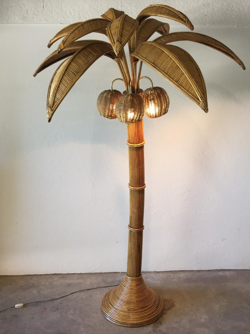 Palm-tree-floor-lamp-by-mario-lopez-torres-1970