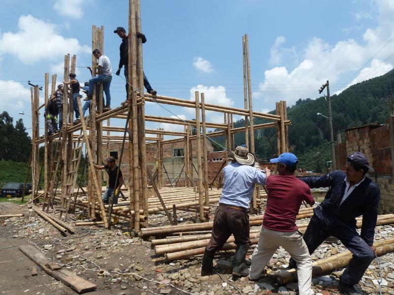 10_As Emerging Communities_Arquitectura Expandida
