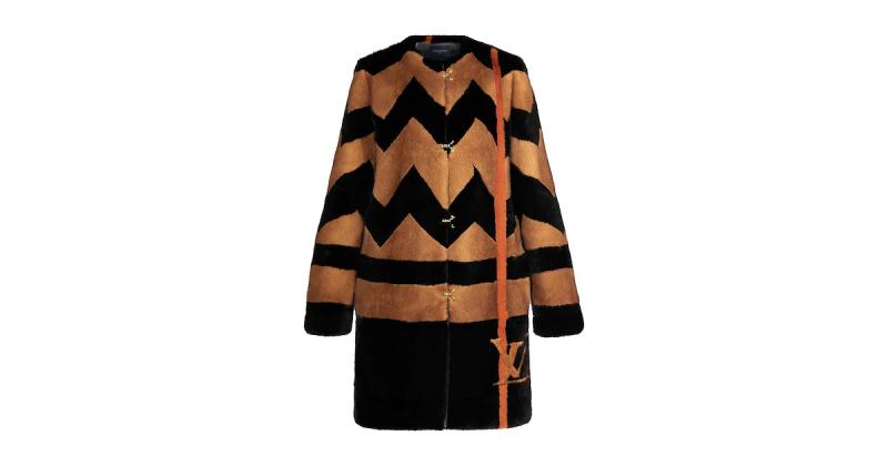 LV_mink coat