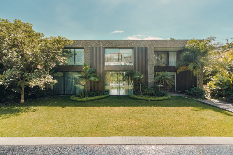 6. Oppenheim Architecture_House in a Jungle_PHOTO CREDIT Saul Yuncoxar