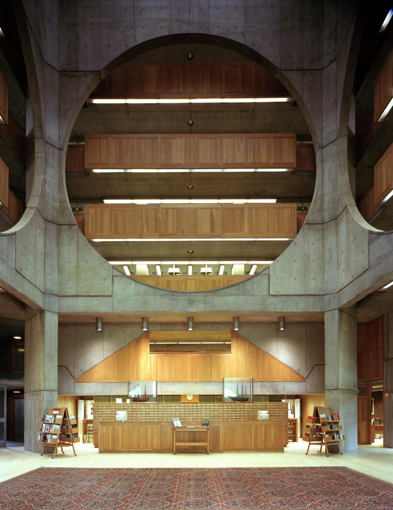 LouisKahn_Phillips-Exeter-Library_b
