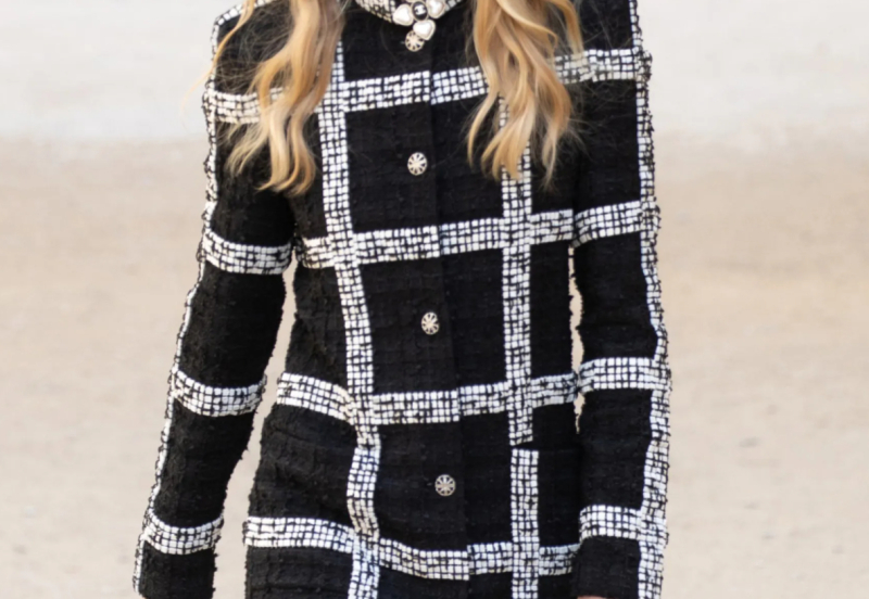 Chanel_Resort22_f