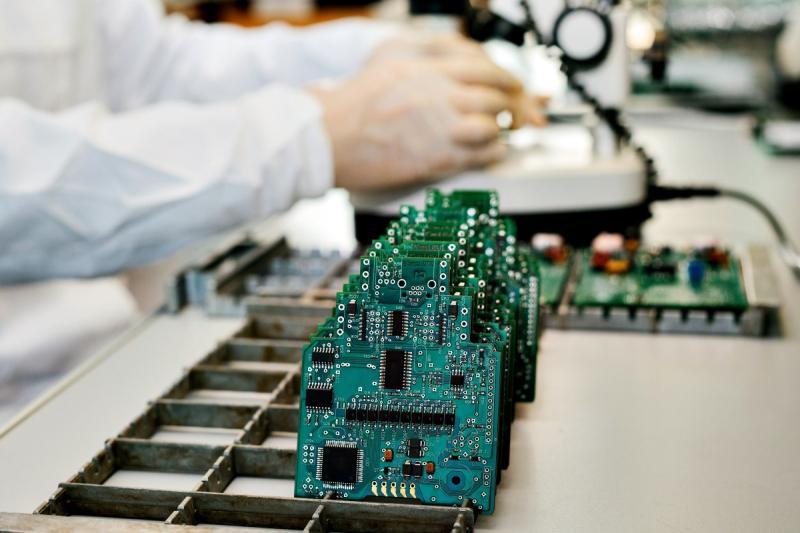 Semiconductors_c