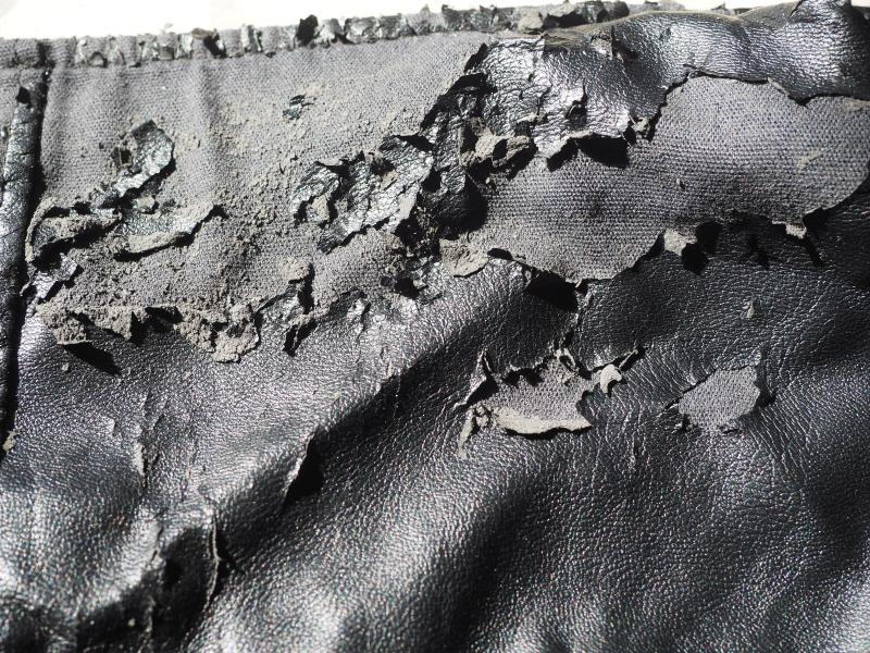 PVC_Deterioration_jacket_AnnaBattista (9)