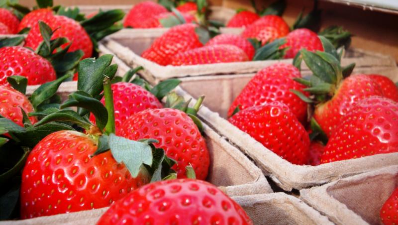Strawberry_a
