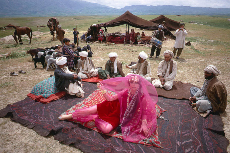 Afghanistan_Maroon_e